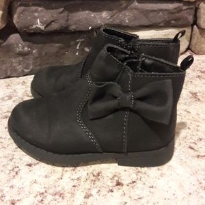 Baby girl sz 7 oshkosh black boots